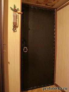 фото обивка входной двери