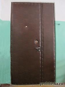 обивка нестандартных дверей входных