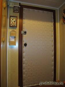 красивая обивка дверей