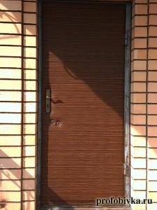 утепление двери в загородном доме