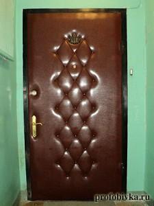 фото обивка металлических дверей