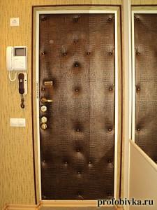 утепление двери с обивкой крокодил