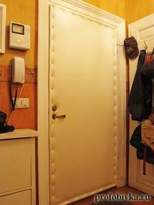 обивка металлических дверей белая