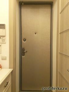 шумоизоляция входной двери металлической