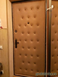 обивка двери с шумоизоляцией и узором