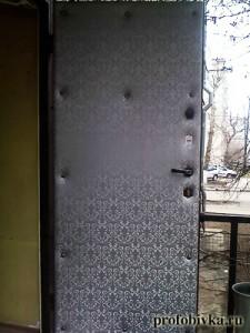 звукоизоляция на входные двери