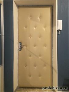 шумоизоляция входной двери обивка экокожей
