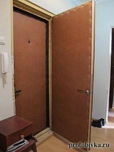 фотография обивки входных дверей