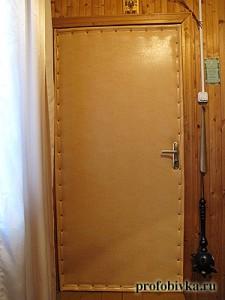 обивка деревянной двери дермантином