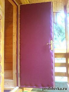 утепление деревянной двери в загородном доме