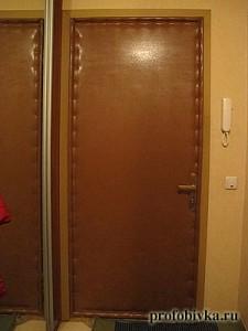 обивка входной двери фото
