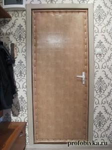 7обивка двери дермантином