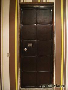 обивка дверей дермантином недорого