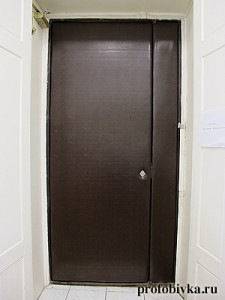 обивка входных дверей фото