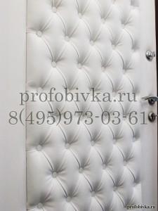 каретная стяжка на входной двери