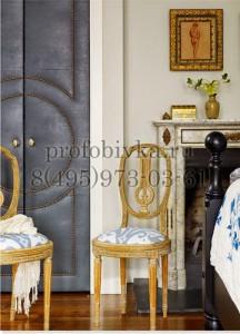 красивая обивка двери алькантарой