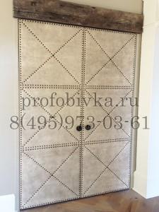 дизайнерское оформление двустворчатой двери в стиле Лофт