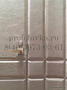 элитная отделка двери кожаными панелями