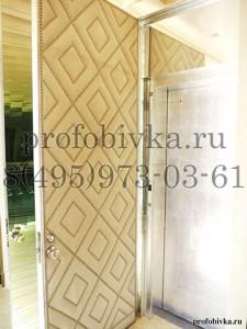 декоративная обивка двери алькантарой с рисунком