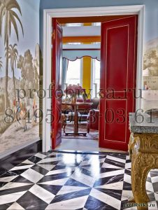 обивка двустворчатой двери декоративным молдингом