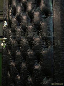 обивка каретной стяжкой металлической двери