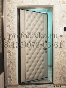 панели с каретной стяжкой на дверь