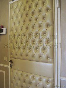 дизайнерская отделка входной двери