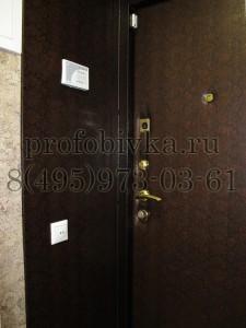 оформление откосов металлической двери