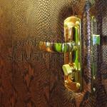 обивка двери кожа змеи и замена замка