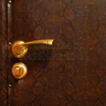 обивка дверей игуана